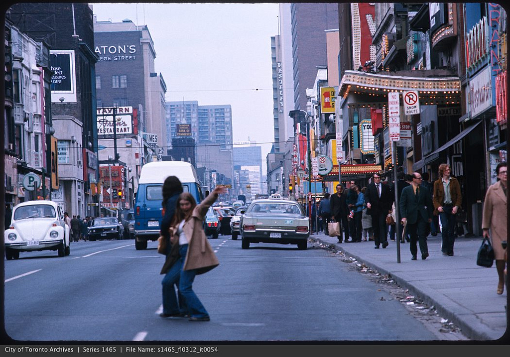 25 vintage photos of Toronto in the 1960s and 1970s