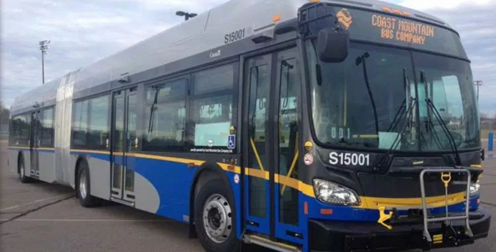 Woman goes into labour on Vancouver bus