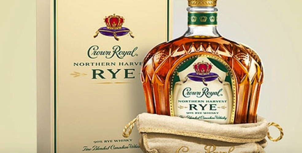 Canada's Crown Royal named 2016 World Whisky of the Year