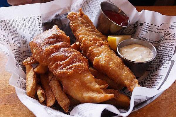 Fish Cafe / Facebook