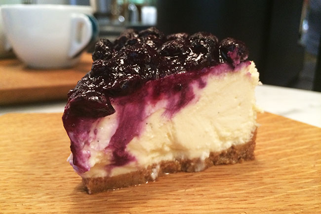 Blueberry cheesecake (Jess Fleming/Daily Hive)