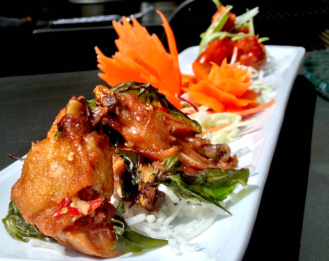 Chili Basil and Sweet and Sour wings at Urban Thai Bistro (Lindsay William-Ross/Vancity Buzz)