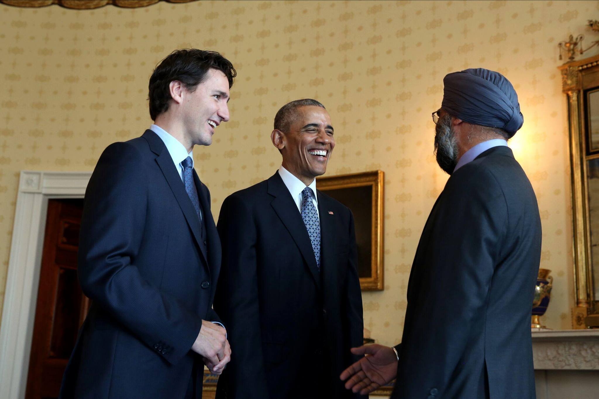 Barack Obama urges Canadians to vote for Justin Trudeau