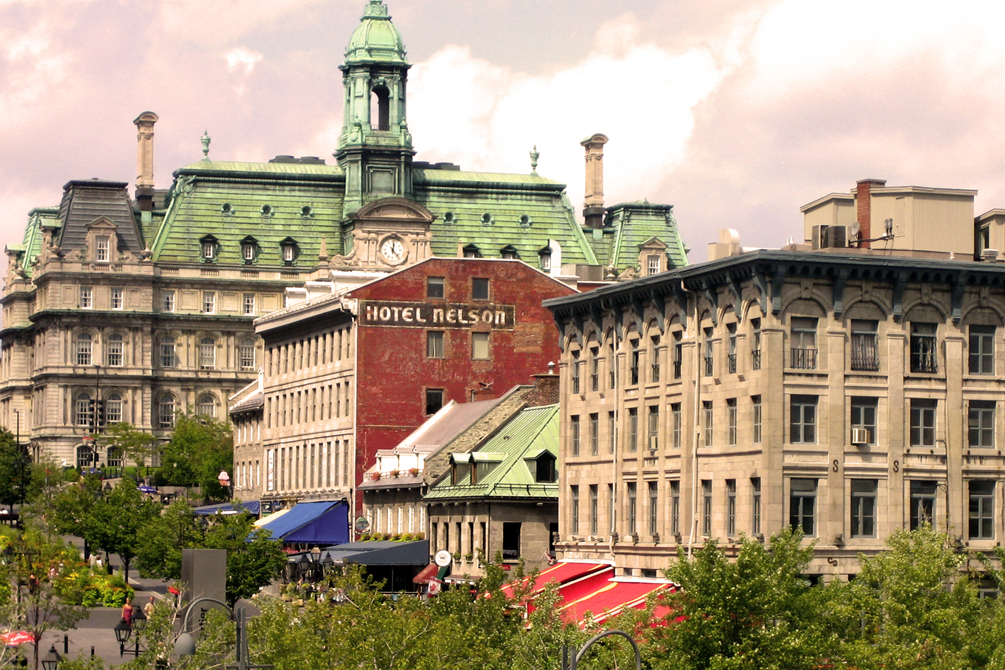 Old montreal 1557913