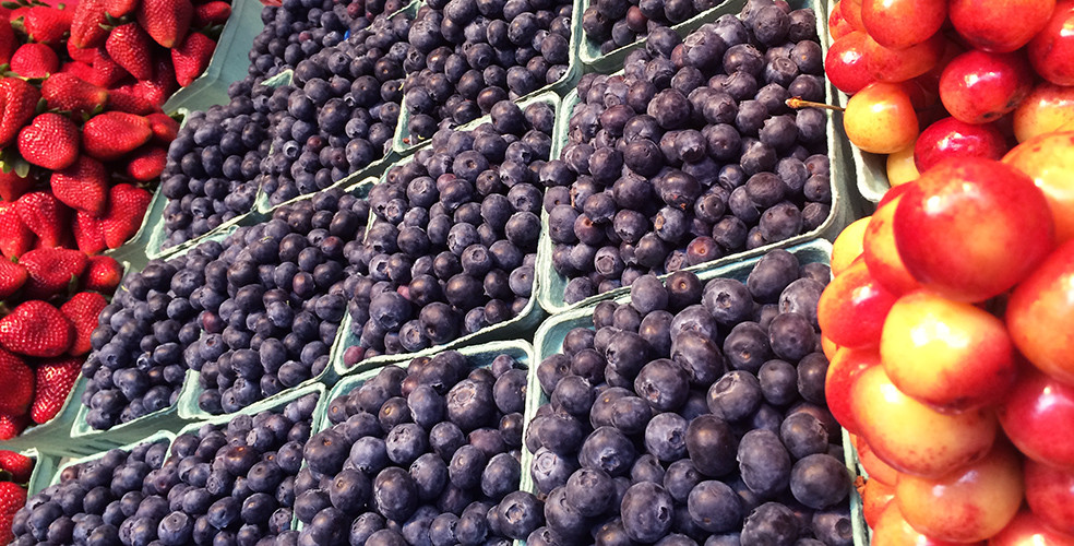Granville island public market fruit 984x500