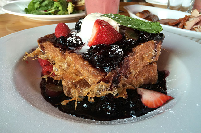 French Toast (Jess Fleming / Daily Hive)