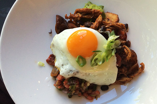 Chicken Hash (Jess Fleming / Daily Hive)