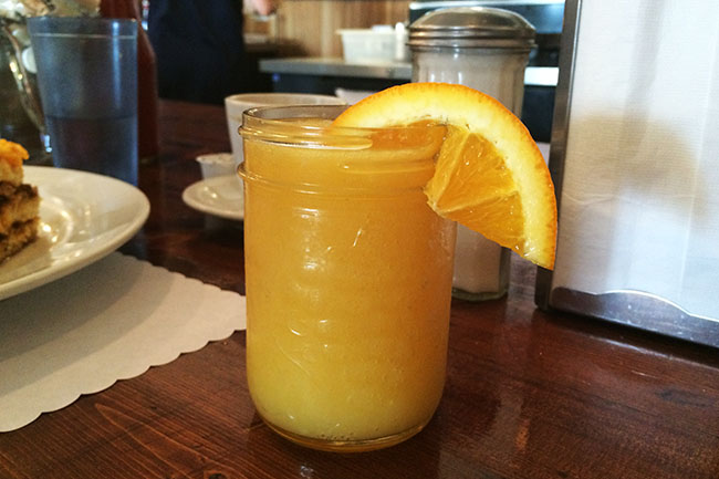 Red Wagon's morning mimosa (Jess Fleming / Daily Hive)