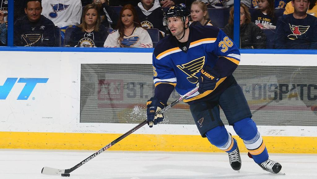 Flames sign free agent Troy Brouwer to 4-year deal