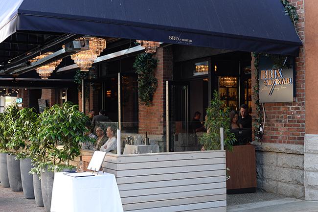 Brix & Mortar patio Yaletown