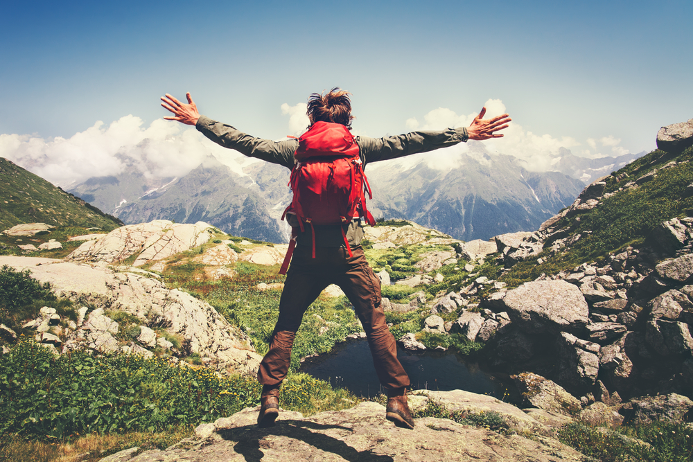 Hiking / Shutterstock