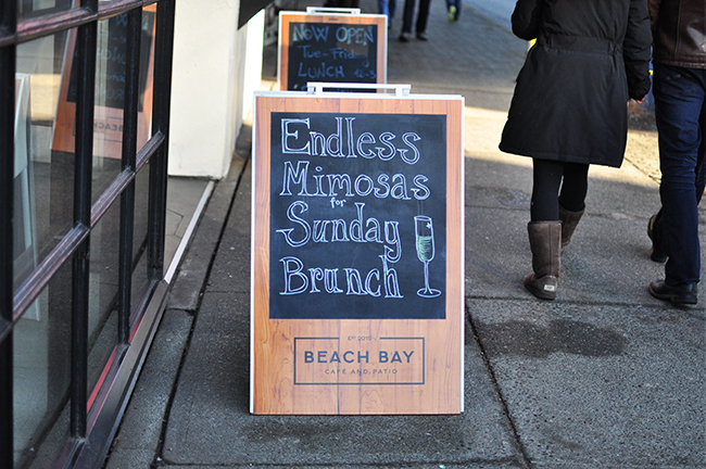 Brunch at Beach Bay Café means Endless Mimosas (Jess Fleming / Daily Hive)