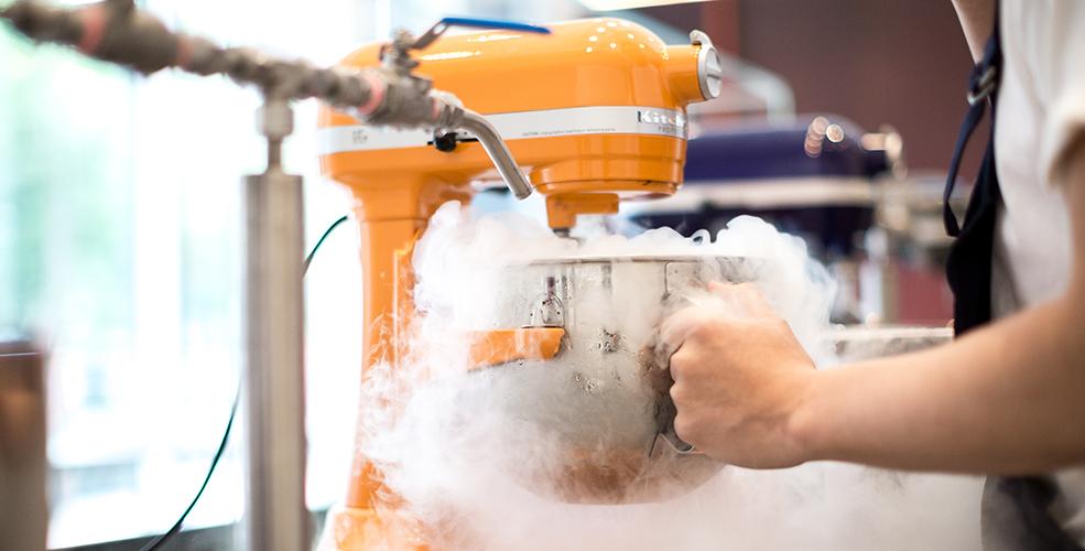 Mister: Liquid nitrogen ice cream parlour now open in ...