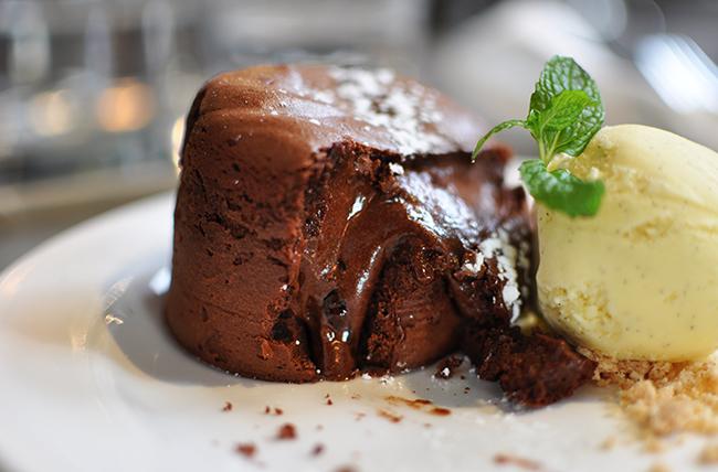 Fondant au Chocolate (Jess Fleming / Daily Hive)