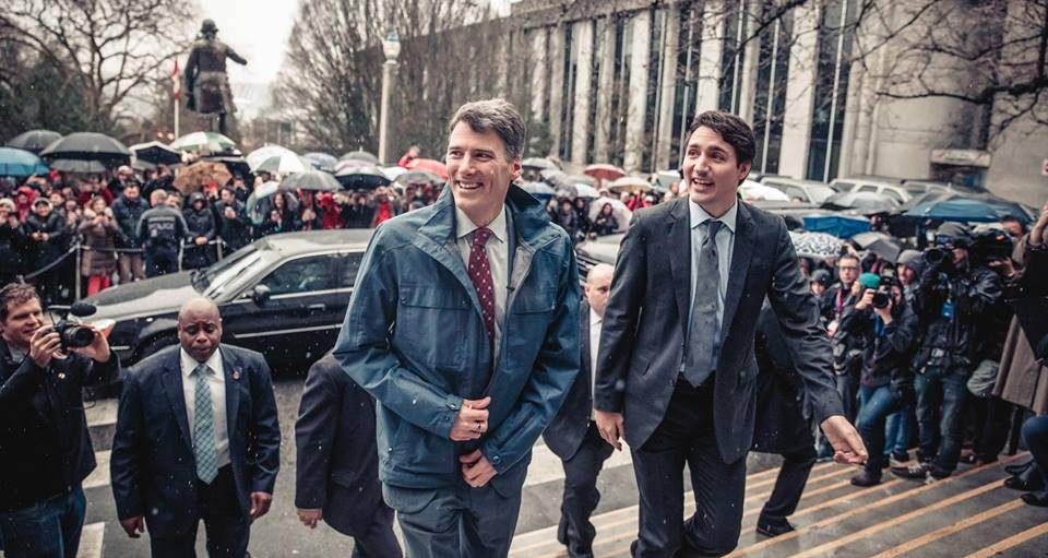 Gregor Robertson calls on province, Trudeau to solve Vancouver's housing crisis