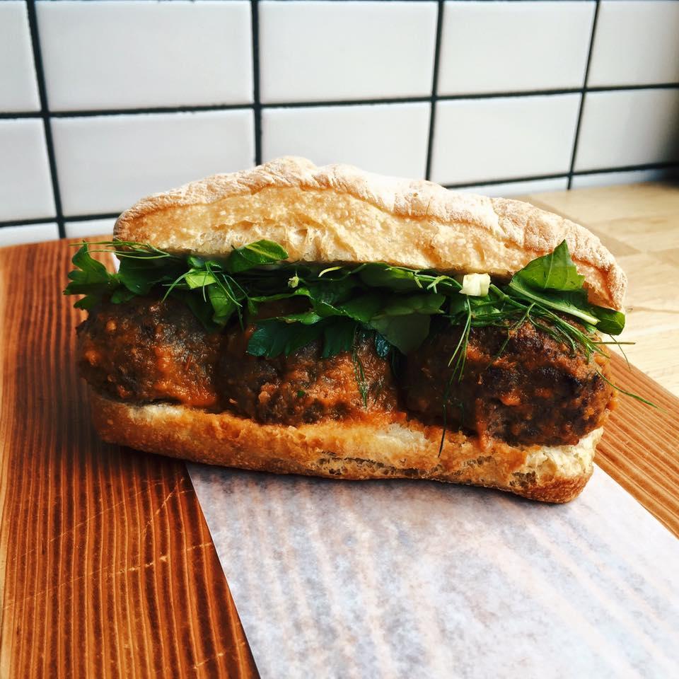 Facebook: Meat & Bread/Facebook