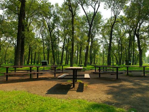 Pearce Estate Park picnic site / City of Calgary Parks