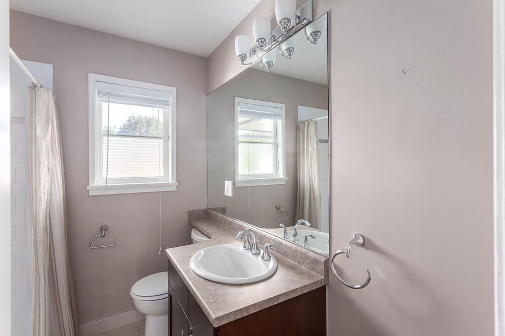 Bathroom at 2348 Oliver Crescent (thecolourofrealestate.com)