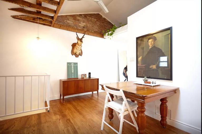 Queen West Airbnb