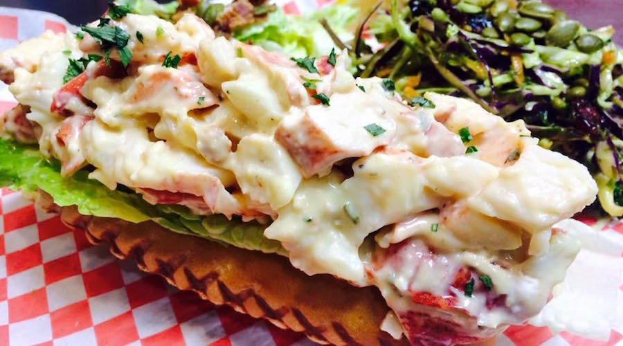 Lobster roll smoked and cracked toronto