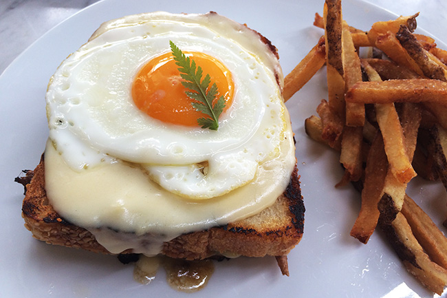 Beef Short Rib 'Croque Madame' (Jess Fleming / Daily Hive)