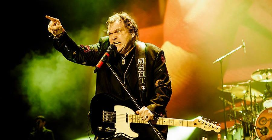 Grammy Award-winning musician Meat Loaf collapses on stage in Edmonton (VIDEO)