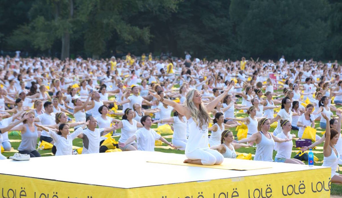 """400 people will say """"namaste"""" on Canada Day for giant mass yoga event"""