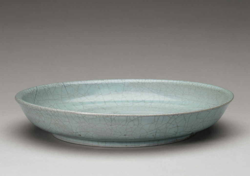 Ru ware dish, Song dynasty, porcelain © The Palace Museum
