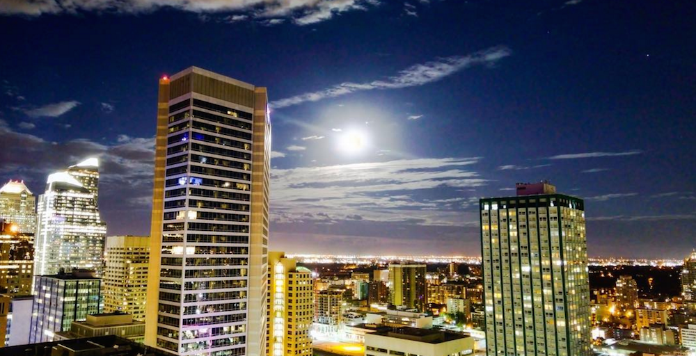 16 photos and videos of the strawberry moon over Calgary