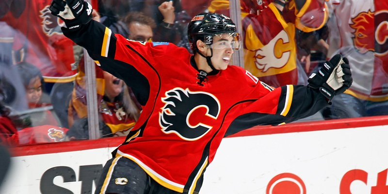 INKED: Flames sign Gaudreau to 6-year contract worth $6.75M per season
