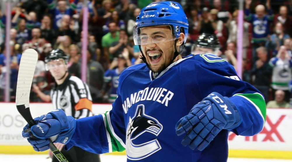 Canucks re-sign Emerson Etem to a one-year deal