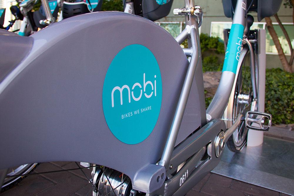 Vancouver's new Mobi bike share bikes (Jenni Sheppard/Daily Hive)