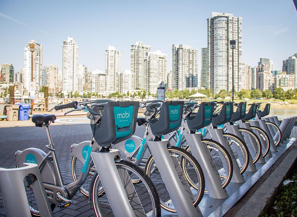 Vancouver's new Mobi bikes (Jenni Sheppard/Daily Hive)