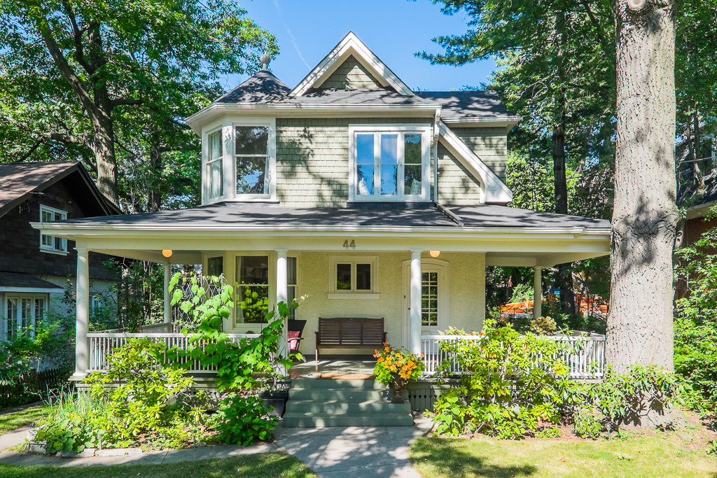 Open House: Beautiful Beaches cottage for $2M