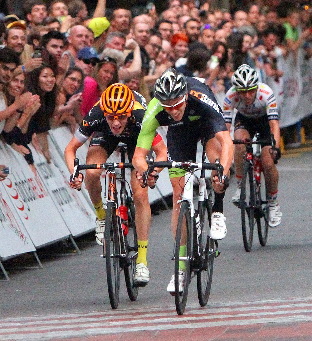 Garrett McLeod (H&R Block Pro Cycling Team) outsprints Will Routley (Optum p/b Kelly Benefit Strategies) for 2nd place at the 2015 Global Relay Gastown Grand Prix (Global Relay)