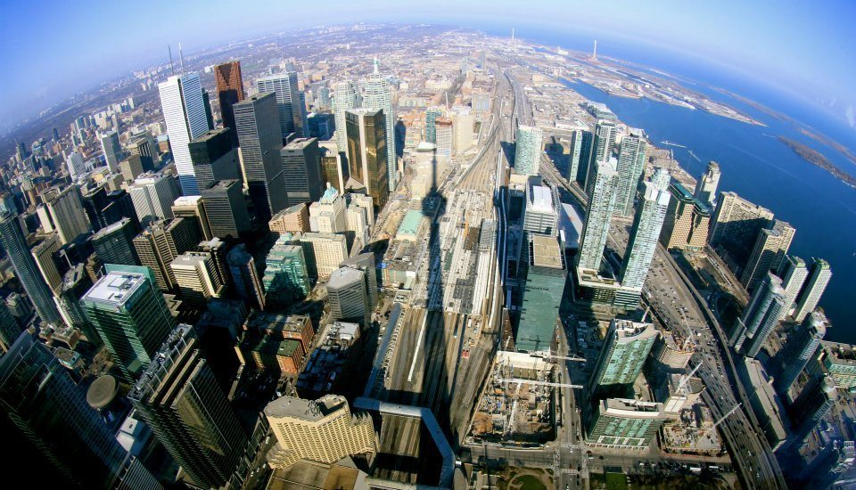 Here's a list of major attractions in Toronto that are open