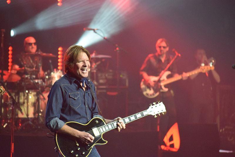 John Fogerty Calgary concert 2016 at the Saddledome