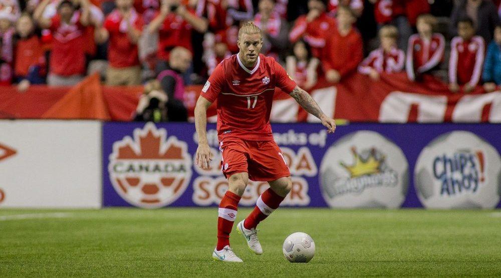 Whitecaps sign Canadian international Marcel de Jong