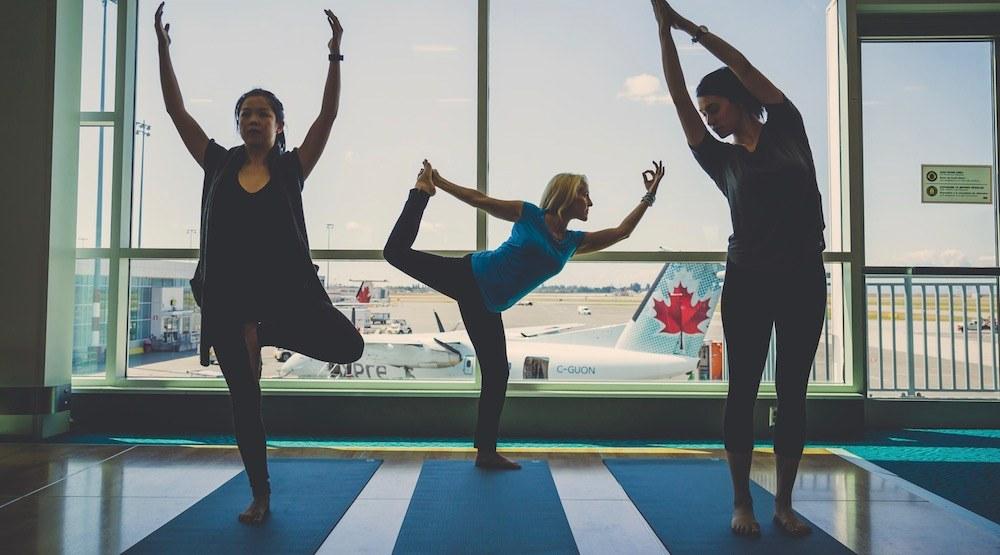 Vancouver international airport yvr yoga plane