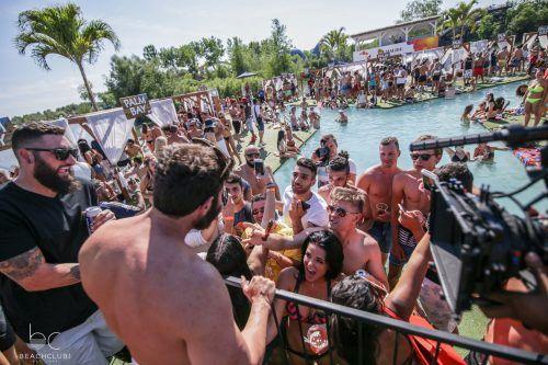 Dan Bilzerian_Beachclub_1