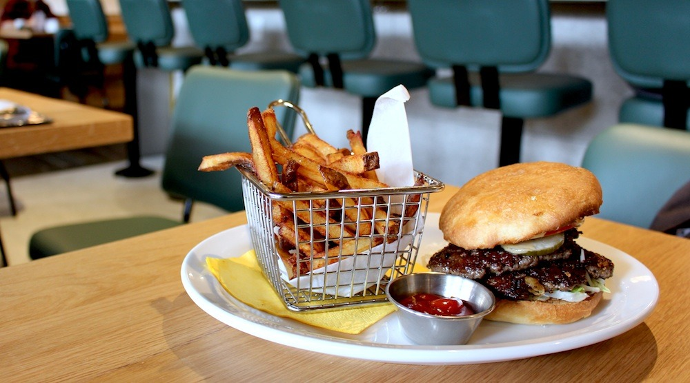 Fable diner vancouver burger 01