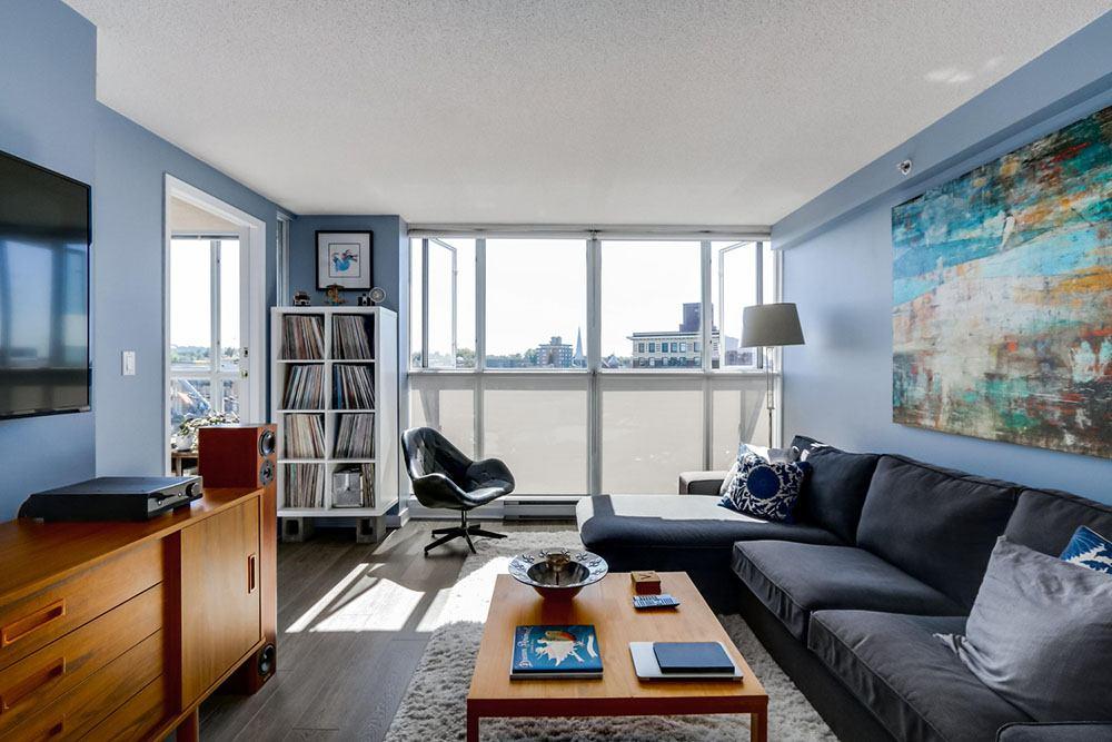 Inside 703-288 E 8th Avenue (Terry Osti)