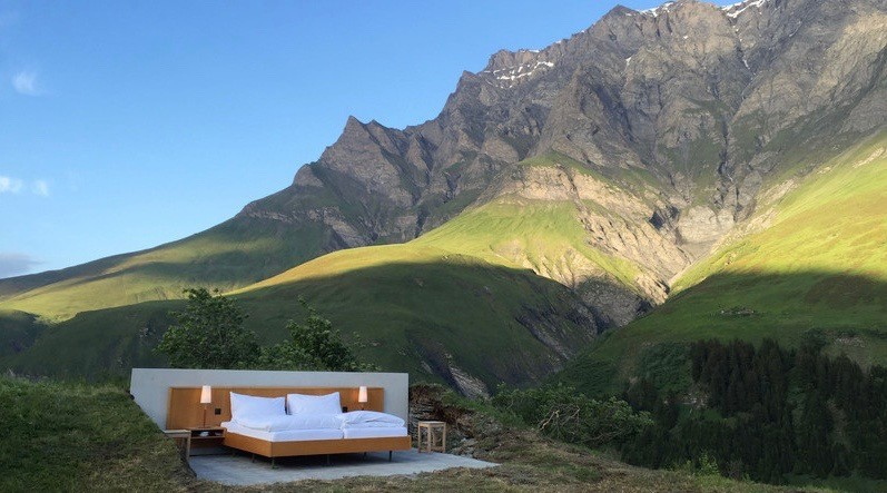 This 'Zero Star' Swiss hotel is literally just a bed in the middle of the mountains