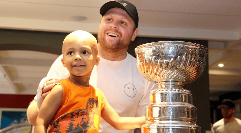 Phil Kessel brings Stanley Cup to Sick Kids Hospital in Toronto