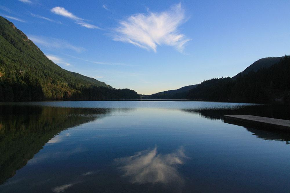 Buntzen Lake (Colin Zhu/Flickr)
