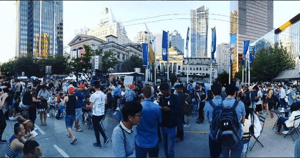 Hundreds of Pokémon GO players crowd Robson Square (PHOTOS)