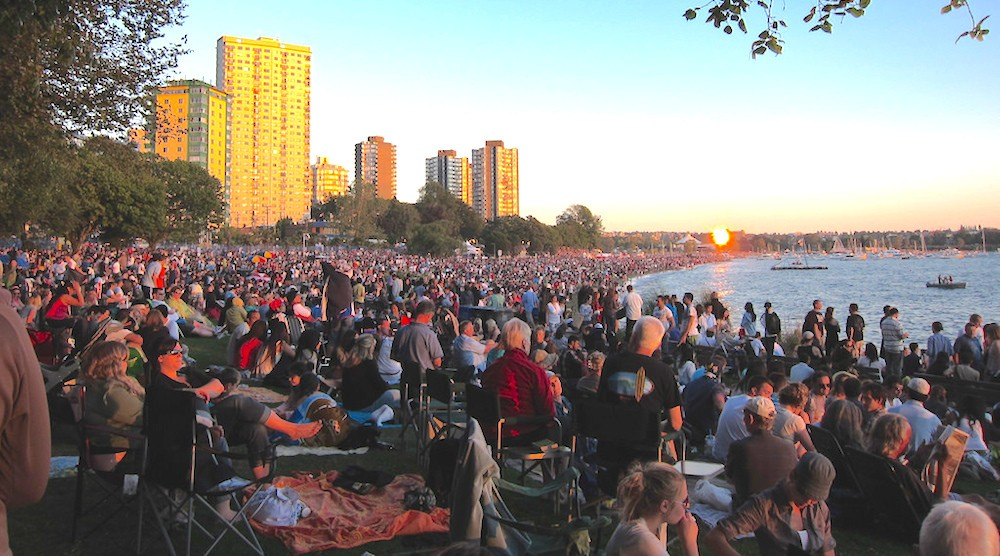 English bay celebration of light crowds