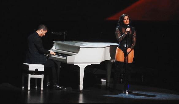 Demi Lovato's Future Now Tour hit Toronto over the weekend (PHOTOS)