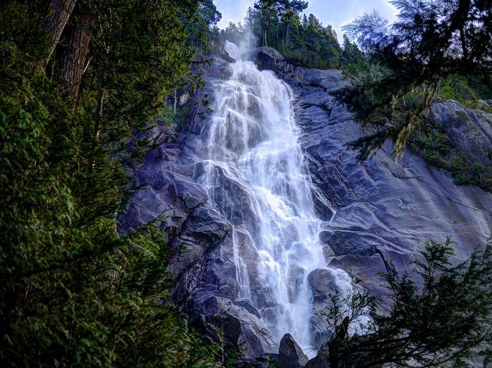 Shannon Falls (Benson Kalahar/Flickr)