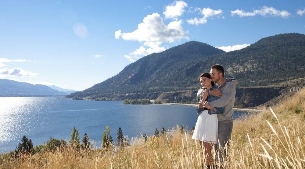 Romantic couple okanagan  e1469578810556